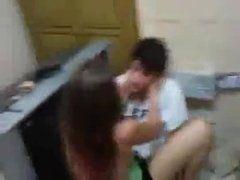 Novinha do RJ fez video pelada masturbando e caiu na net
