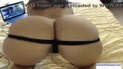Filmando esposa rabuda e depois socando o pau nela