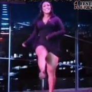 Mulher Melancia sem calcinha em entrevista