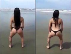 Safadinhas bebadas fazendo putice na praia Ponta Negra Rj