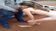 Vídeo mulhe magrinha flagrada chupando pau no estacionamento em Goias