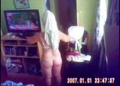 Video toda pelada titia gorda trocando de roupa no meu quarto
