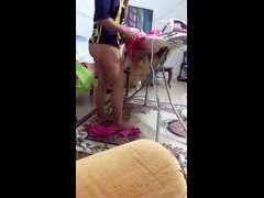 Video filho filmou madrasta gostosa de calcinha passando roupa