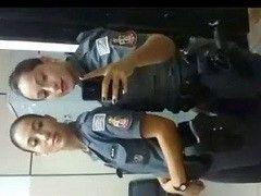 Video policial gostosa do Rio de Janeiro RJ caiu na net